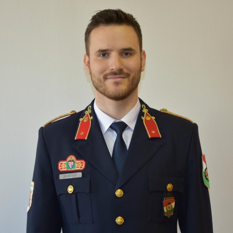 Óvári Timót fotója
