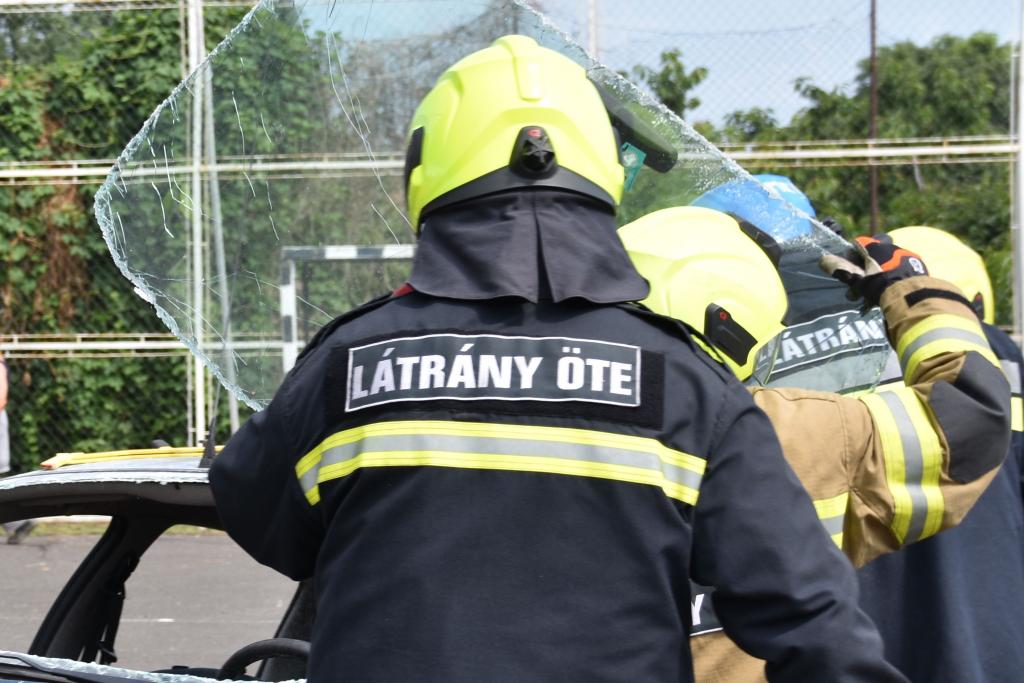 Látrány Község Önkéntes Életmentő és Tűzoltó Egyesület minősítő gyakorlata