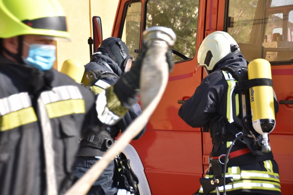 Igali önkéntes tűzoltóság minősítő gyakorlata című videó előképe