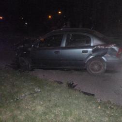 összetört autó