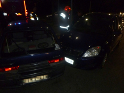 Kaposvár Honvéd utca baleset összetört autók
